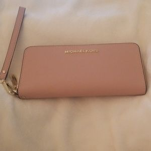 Jet Set Continental Wristlet Pink NEW!
